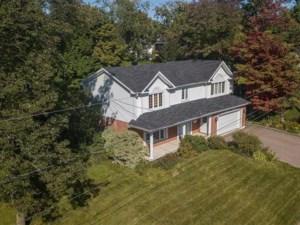 9699245 - Maison à étages à vendre