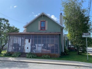 11060317 - Maison à 1 étage et demi à vendre