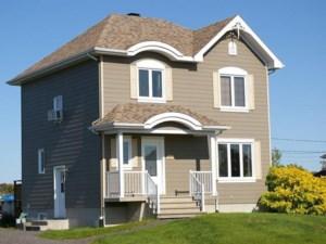 22715986 - Maison à étages à vendre