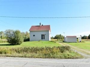 20760020 - Maison à étages à vendre