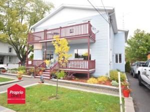 22458467 - Maison à étages à vendre