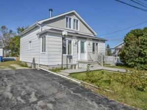 25109499 - Maison à étages à vendre