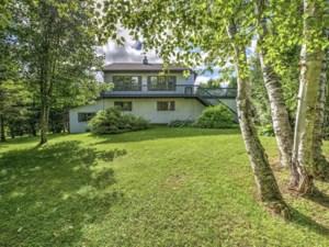 13224567 - Maison à étages à vendre
