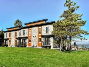 24256968 - Maison à étages à vendre