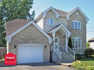 13860675 - Maison à étages à vendre