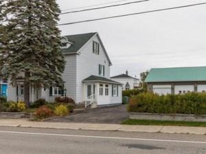 24201990 - Maison à 1 étage et demi à vendre