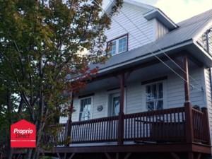 9880042 - Maison à 1 étage et demi à vendre