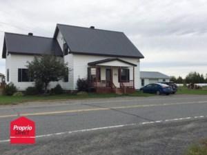 18090829 - Maison à étages à vendre