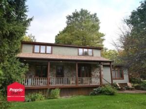 19913897 - Maison à étages à vendre