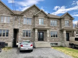 9632124 - Maison à étages à vendre