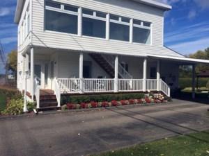 22643878 - Maison à étages à vendre