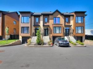 23539084 - Maison à étages à vendre