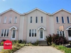 25161134 - Maison à étages à vendre