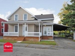 22029908 - Maison à étages à vendre