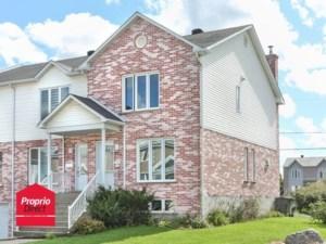 18968653 - Maison à étages à vendre