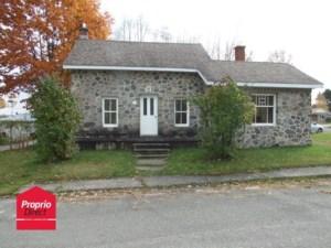 23968690 - Maison à 1 étage et demi à vendre