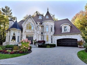 25898494 - Maison à étages à vendre