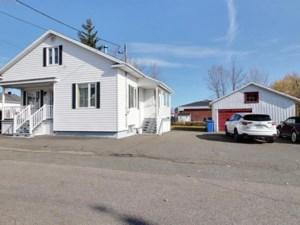15702426 - Maison à 1 étage et demi à vendre