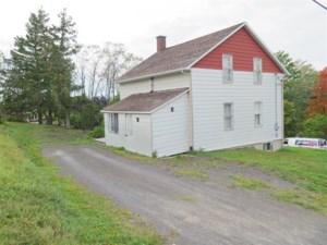 20131246 - Maison à 1 étage et demi à vendre