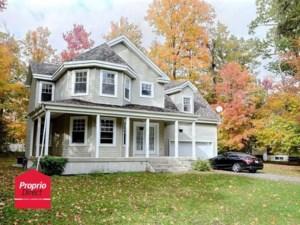 28552343 - Maison à étages à vendre