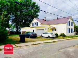 15810745 - Maison à étages à vendre