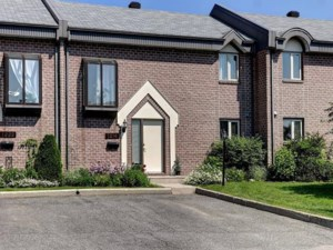 19362665 - Maison à étages à vendre