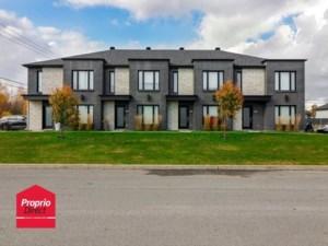 21682687 - Maison à étages à vendre