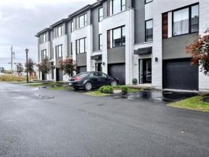 24632340 - Maison à étages à vendre