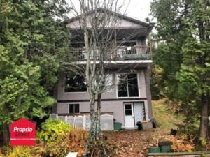 13854750 - Maison à étages à vendre