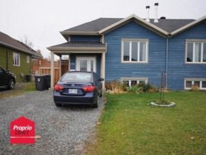 9745607 - Maison à paliers à vendre