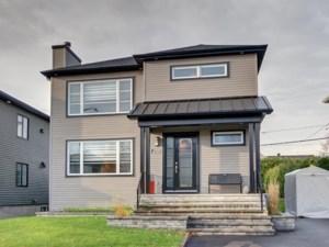 10637813 - Maison à étages à vendre