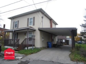 24118252 - Maison à étages à vendre