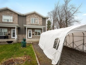 24324983 - Cottage-jumelé à vendre
