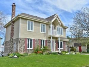 16563176 - Maison à étages à vendre