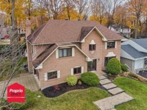 10854179 - Maison à étages à vendre
