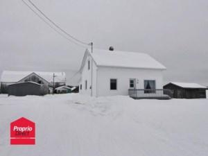 23625446 - Maison à étages à vendre