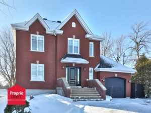 22235903 - Maison à étages à vendre