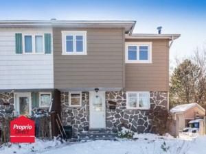 28558204 - Maison à étages à vendre