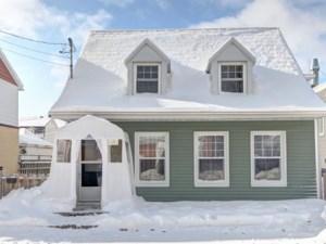 23781280 - Maison à étages à vendre