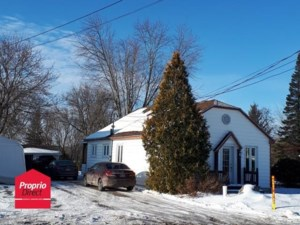 24478764 - Maison à étages à vendre