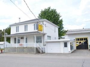 15213802 - Maison à étages à vendre