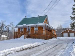 22816592 - Maison à étages à vendre