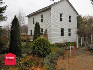 28659520 - Maison à étages à vendre
