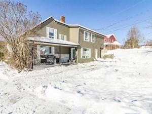 17380147 - Maison à étages à vendre