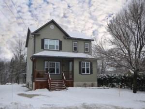 28057051 - Maison à étages à vendre