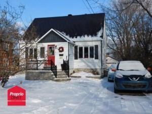 20307795 - Maison à étages à vendre