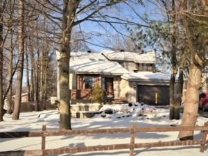 10641961 - Maison à étages à vendre