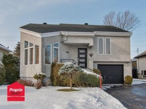 12543641 - Maison à étages à vendre