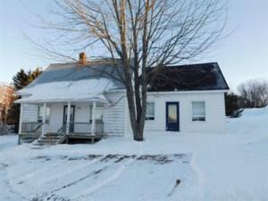 10730719 - Maison à 1 étage et demi à vendre
