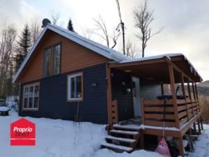 27499645 - Maison à étages à vendre